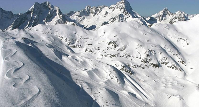 france_les-2-alpes_Snowpark_Toura_02_©Nico_Lafay.jpg