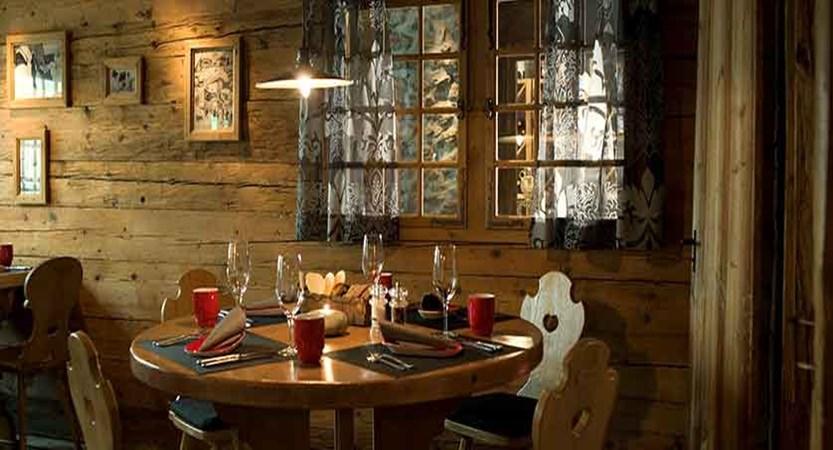 Eiger Self-Catering Apartments, Grindelwald, Bernese Oberland, Switzerland - Barry's Restaurant.jpg