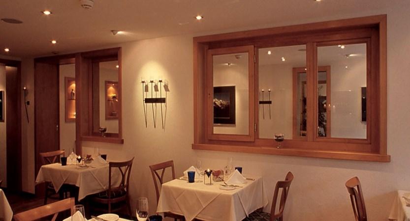 Eiger Self-Catering Apartments, Grindelwald, Bernese Oberland, Switzerland - Dining room.jpg