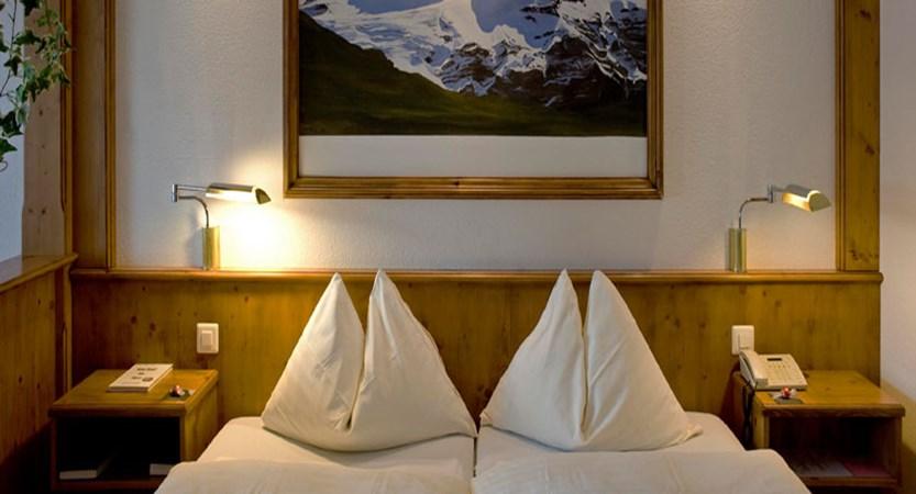 Eiger Self-Catering Apartments, Grindelwald, Bernese Oberland, Switzerland - Double bedroom.jpg