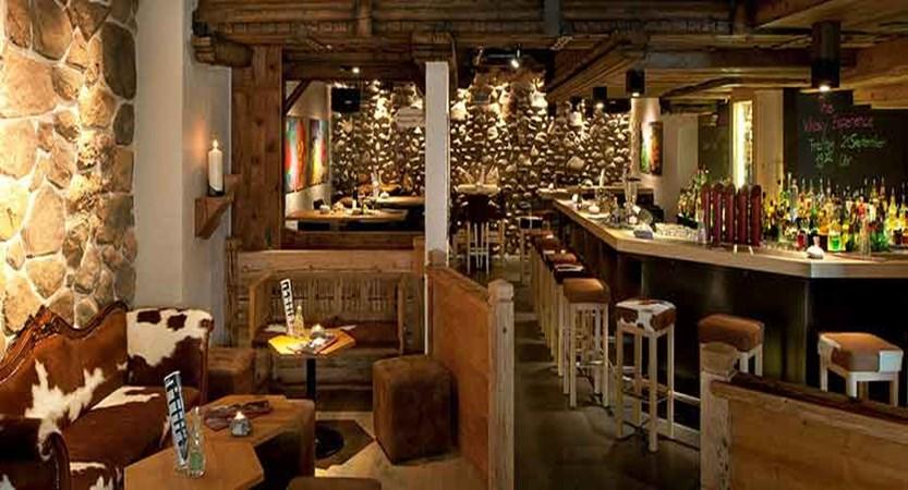Eiger Self-Catering Apartments, Grindelwald, Bernese Oberland, Switzerland - Gepsi bar.jpg