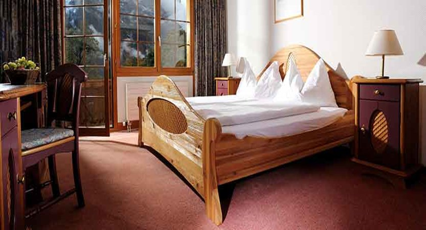 Hotel Bodmi, Grindelwald, Switzerland - Bedroom.jpg