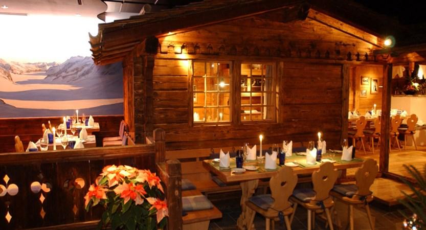 Hotel Eiger, Grindelwald, Bernese Oberland, Switzerland - Restaurant.jpg