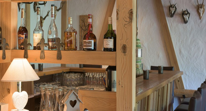 Hotel Jungfrau Lodge, Grindelwald, Bernese Oberland, Switzerland - rustic bar.jpg