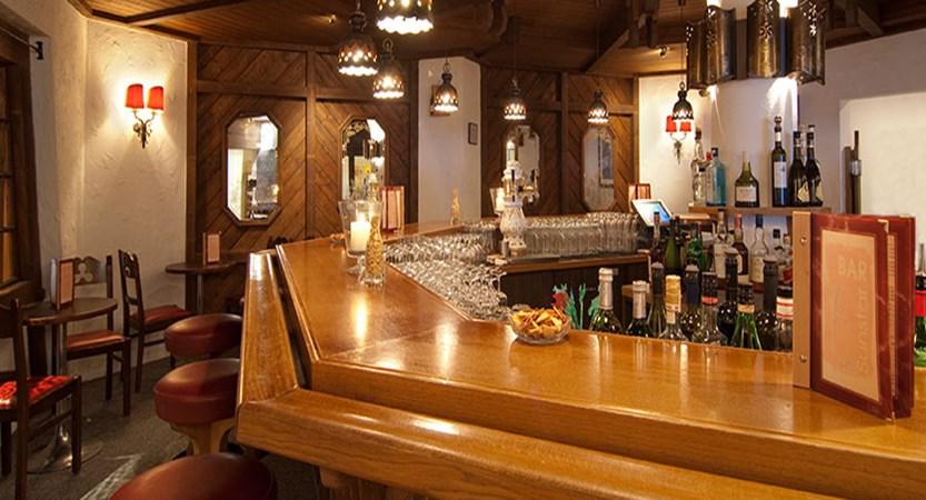 Hotel Sunstar, Grindelwald, Bernese Oberland, Switzerland - bar.jpg