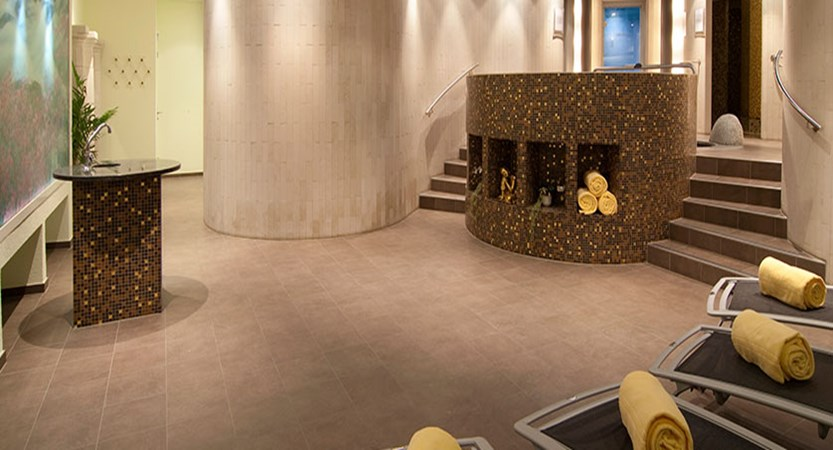 Hotel Sunstar, Grindelwald, Bernese Oberland, Switzerland - spa area.jpg