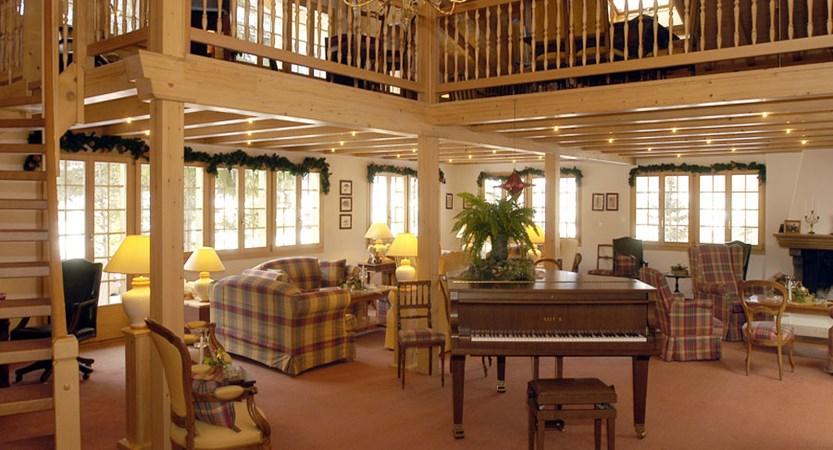 Waldhotel Doldenhorn, Kandersteg, Bernese Oberland, Switzerland - lobby.jpg