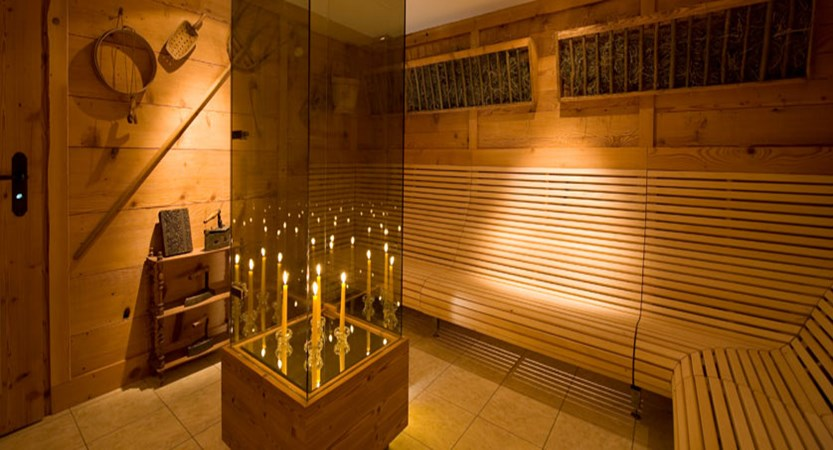 Beausite Park & Jungfrau Spa, Wengen, Bernese Oberland, Switzerland - relaxation room.jpg
