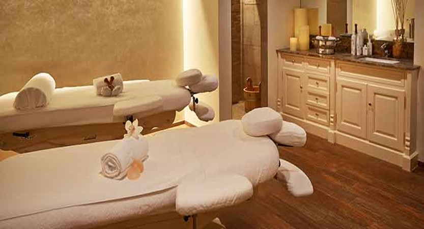 Stübl, Hotel Seehof, Davos, Graubünden, Switzerland - massage room.jpg