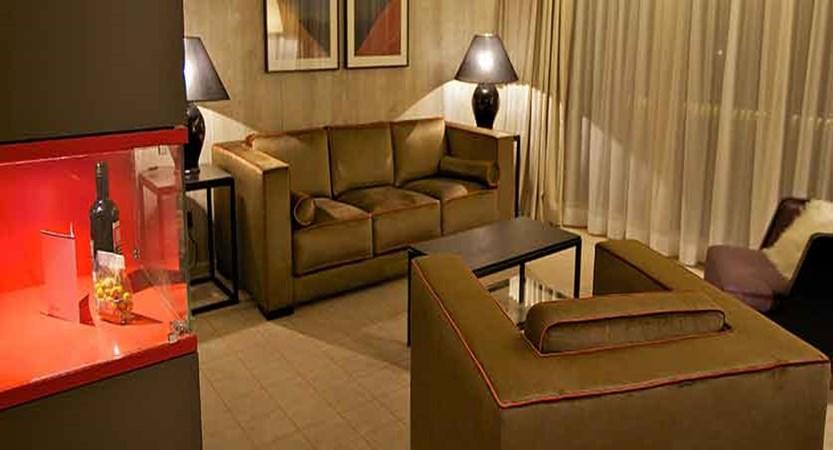 Hotel Grischa, Davos, Graubünden, Switzerland - Suite 'Bocktenhorn'.jpg