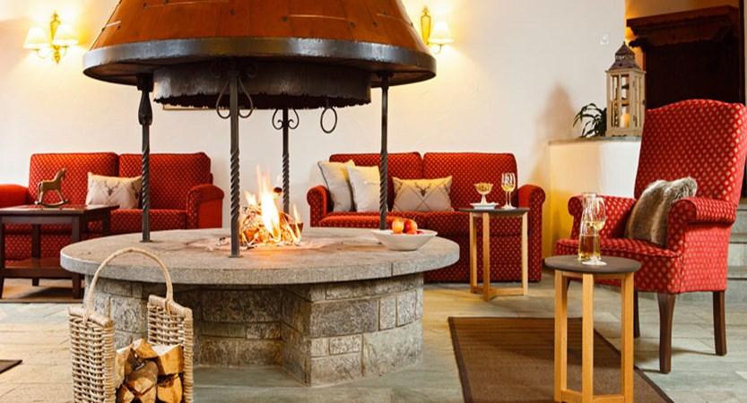 Hotel Sport, Klosters, Graubünden, Switzerland - lobby lounge.jpg