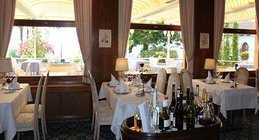 Hotel Beau Rivage, Weggis, Lake Lucerne, Switzerland - dinning room 2.jpg