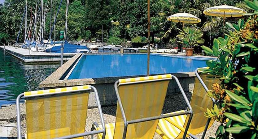 Hotel Central am See, Weggis, Lake Lucerne, Switzerland - outdoor swimming pool.jpg
