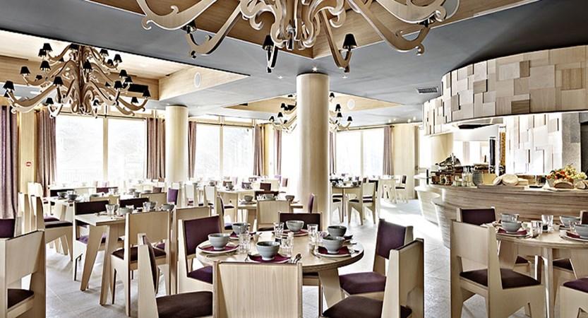 2 Mille 3 Half Board Restaurant