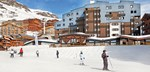 france_three-valleys-ski-area_val-thorens_hotel_club_les_arolles_exterior_skiers.jpg
