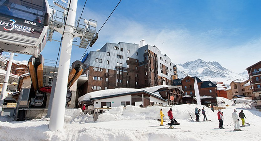 Hotel Club Les Arolles lift station