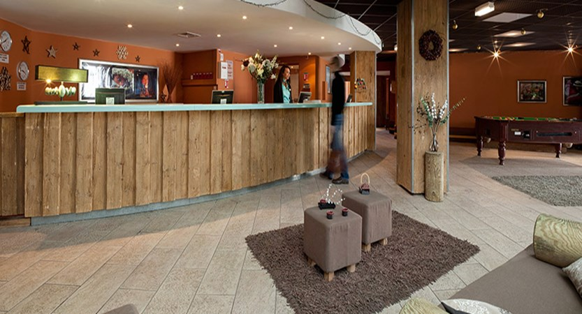 Machu Pichu Apartments reception