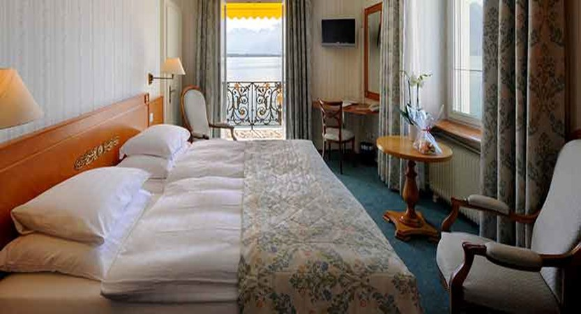 Hotel Rene Capt, Montreux, Switzerland - double bedroom.jpg