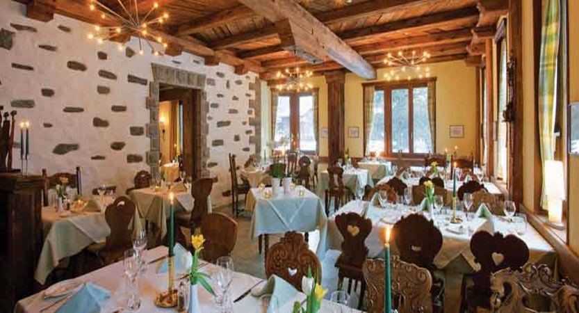 Hotel Allalin, Saas-Fee, Switzerland - dining room.jpg