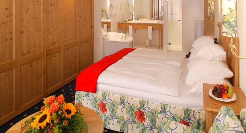 Hotel Ferienart Resort & Spa, Saas-Fee, Switzerland - Double bedroom.jpg