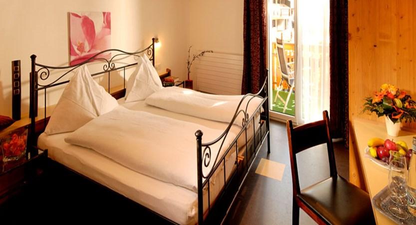 Hotel Park, Saas-Fee, Switzerland - Double bedroom.jpg