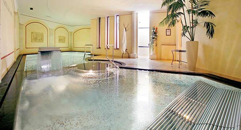 hotel-mignon-pool.jpg