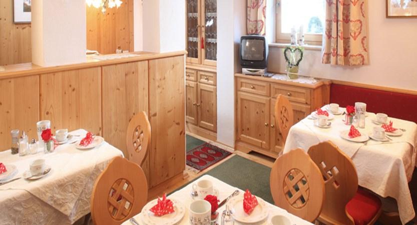 Haus Edelweiss, Alpbach, Austria - breakfast room.jpg