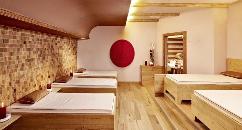 Hotel Alpbacherhof, Alpebach, Austria - relaxation area.jpg