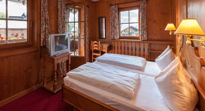 Hotel Post, Alpebach, Austria - bedroom with balcony.jpg