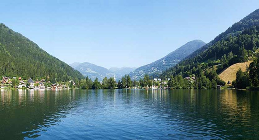 Bad Kleinkirchheim, Austria - view from the lake.jpg