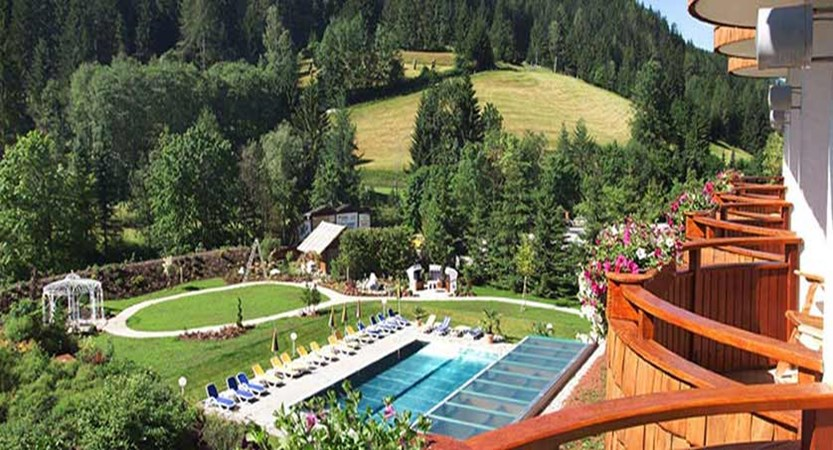 Hotel Kolmhof, Bad Kleinkirchheim, Austria - outdoor pool view from balcony.jpg
