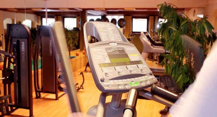 Hotel Pulverer, Bad Kleinkirchheim, Austria - gym.jpg