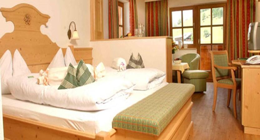 Hotel Hammerhof, Filzmoos, Austria - Bedroom interior.jpg