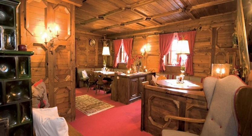 Hotel Unterhof, Filzmoos, Austria - Lounge area.jpg