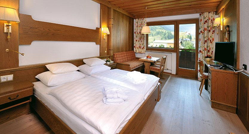 Alpenhotel Tirol,Galtür, Austria - bedroom with balcony.jpg