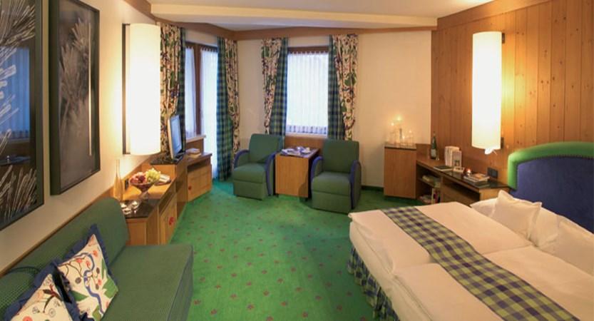 Gardenhotel Theresia, Hinterglemm, Austria - Bedroom suite.jpg