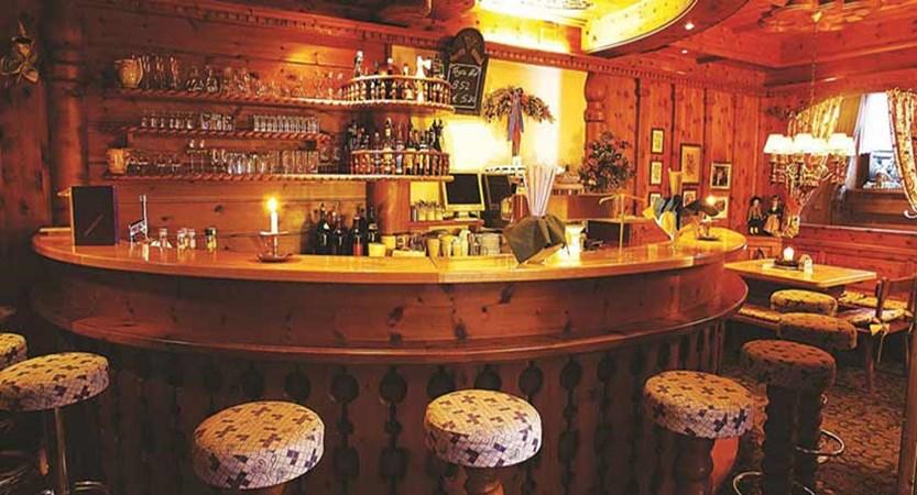 Sonnblick Hotel, Hinterglemm, Austria - bar area.jpg