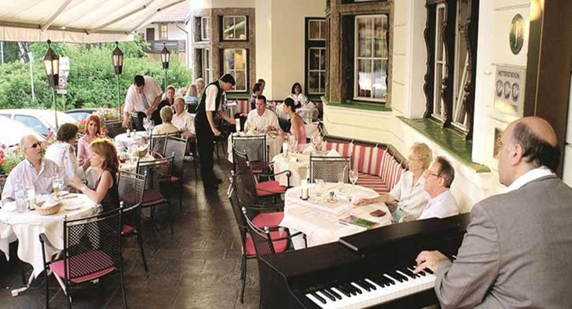 Sporthotel Igls, Igls, Austria - restaurant, terrace.jpg