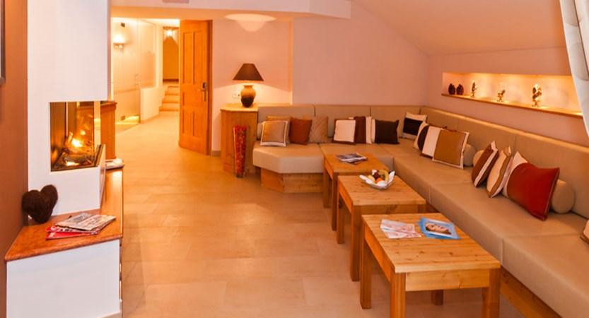Hotel Kaiserhof, Kitzbühel, Austria - relaxation area.jpg