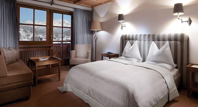 Schwarzer Adler, Kitzbühel, Austria - Typical 'Walde' twin bedroom.jpg