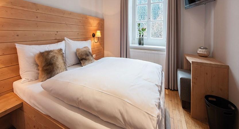 Q Resort Health & Spa, Kitzbühel, Austria - standard bedroom.jpg