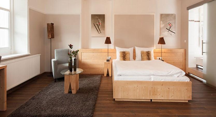 Q Resort Health & Spa, Kitzbühel, Austria - suite.jpg