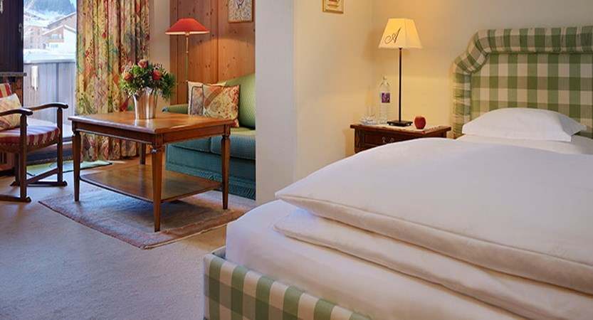 Austria_Lech_Hotel-Arlberg_Double-bedroom2.jpg