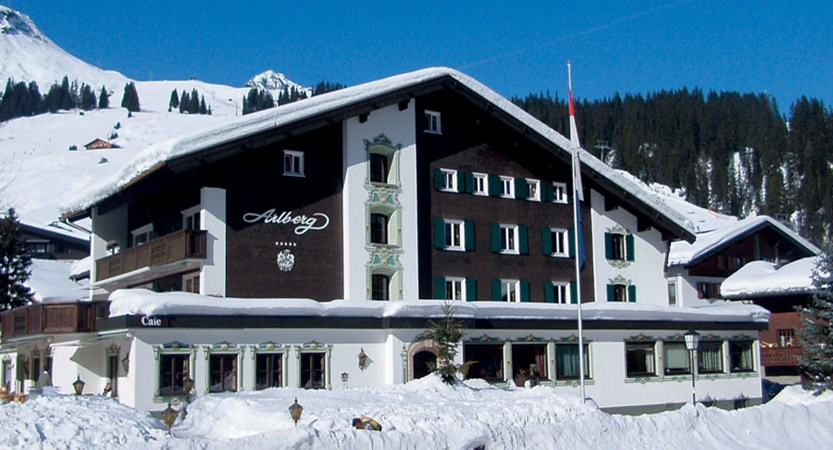 Austria_Lech_Hotel-Arlberg_Exterior-view2.jpg