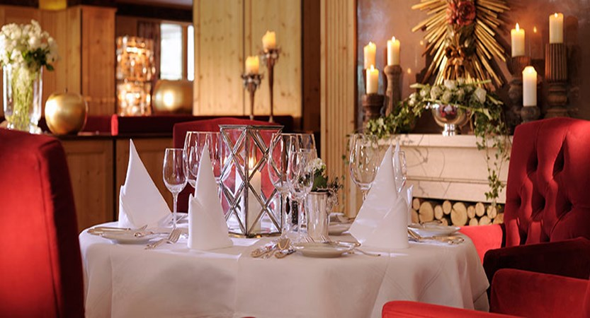Austria_Lech_Hotel-Arlberg_Restaurant.jpg