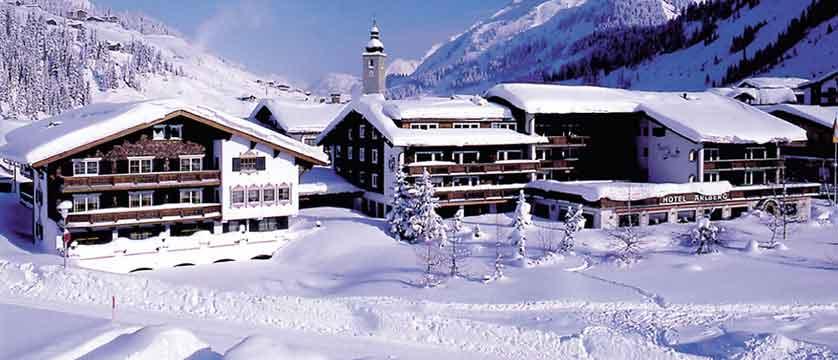 Austria_Lech_Hotel-Arlberg_Exterior-view.jpg