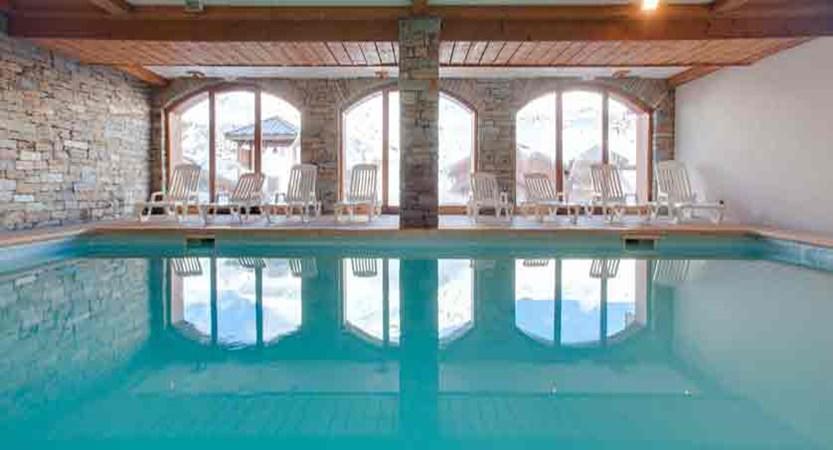 Chalets de L'adonis swimming pool