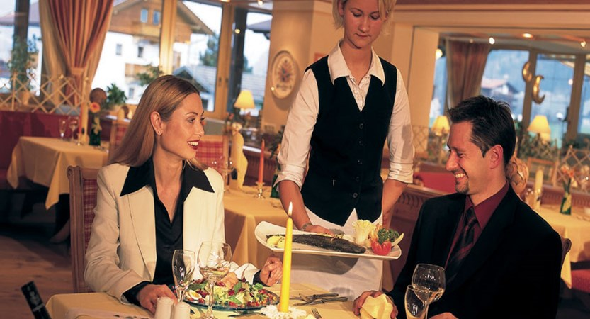 Hotel Rieser, Pertisau, Lake Achensee, Austria - Restaurant.jpg