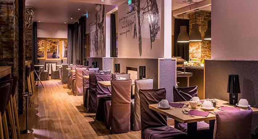 Grand Aigle hotel restaurant (1)