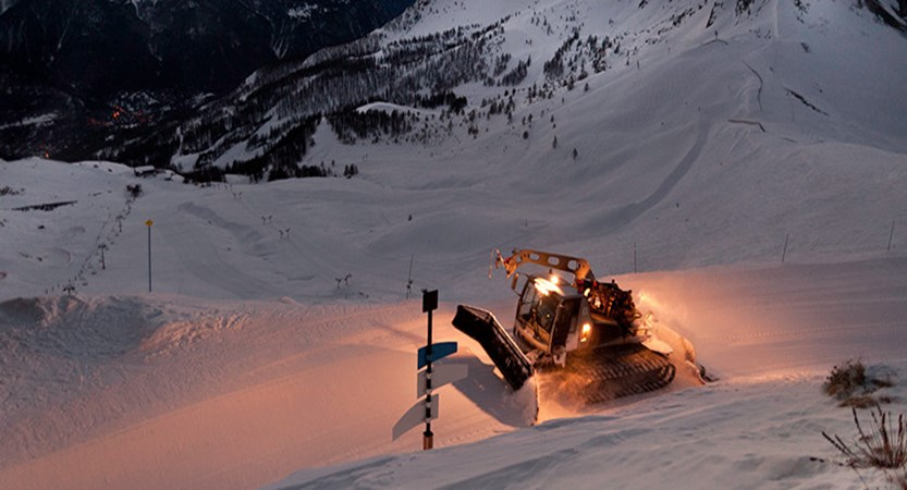 france_serre_chevalier_Piste-basher-sunset.jpg